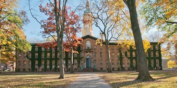 Best Universities For International Relations And Diplomacy